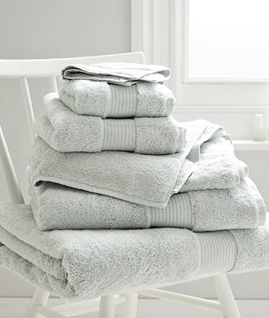 guestroom-towels
